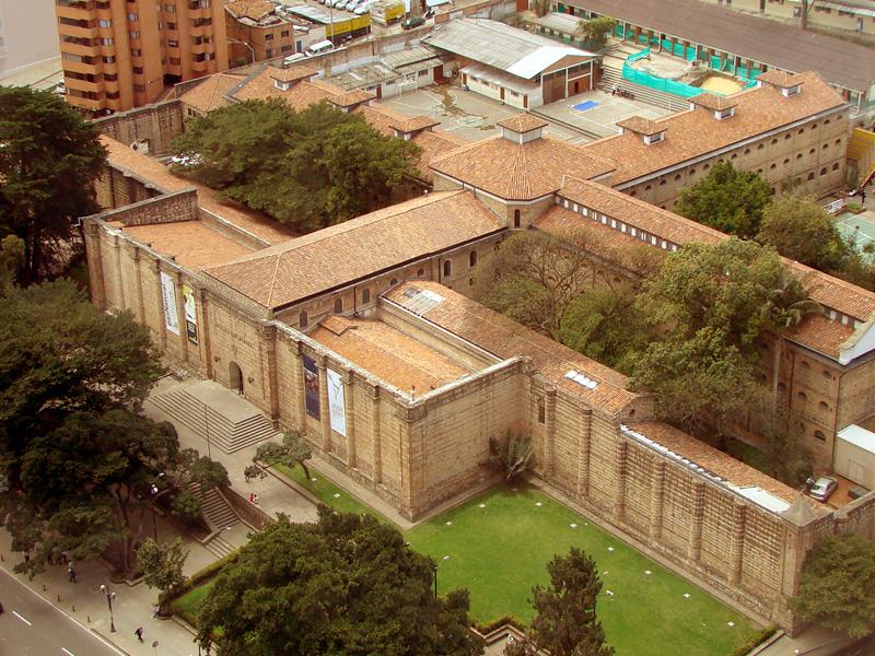 VI Torneo Nacional de COBRAWLERS - BOGOTA Museo_Nacional_de_Colombia