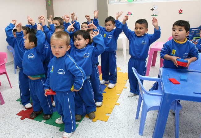 Abren en suba jard n infantil para indigenas bogot for Jardin infantil los pinos