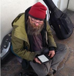 hombre-regala-eBook-mendigo
